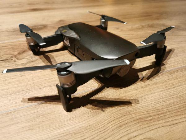 DJI Drohne Mavic Air mit