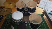 Schlagzeug der Marke
