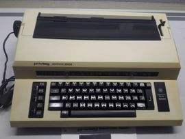 Schreibmaschiene Typenrad: Kleinanzeigen aus Klaus - Rubrik Büromaschinen, Bürogeräte