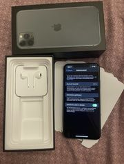 iPhone 11 Pro Max in