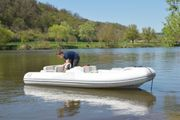Sportboot Rib Festrumpfschlauchboot Schlauchboot Avon