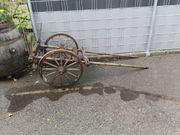 alter Holzwagen