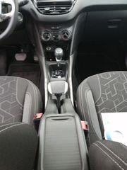 Peugeot 2008 schwarz
