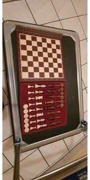 Schönes Schachbrett- Mühlespiel