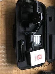 Zhiyun Crane 2 3-Achsen-Gimbal Handheld