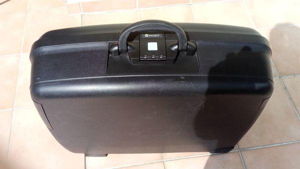 Delsey Hartschalen Reisekoffer Größe B