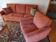 Sofa 2 Sessel mit Wohnzimmertisch