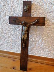 Sehr altes Kreuz