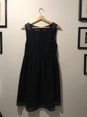 Schönes festliches Kleid - Perlenbesetzt 38