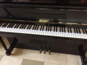 Klavier Petrof - schwarz Hochglanz