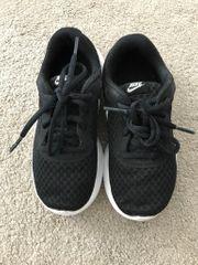 Nike Sneaker in der Größe