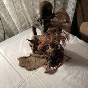 Afrikanische Holz Figur Schnitzerei mit
