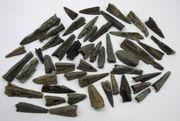 50 Bronzepfeilspitzen Eisenzeit