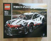 LEGO® Technic 42096 - Porsche 911