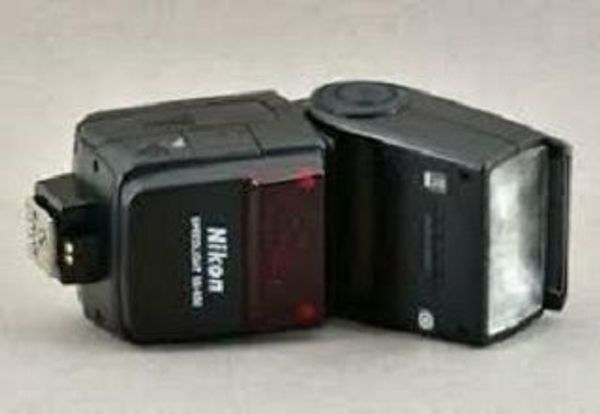 Nikon Speedlight SB-600 Blitz