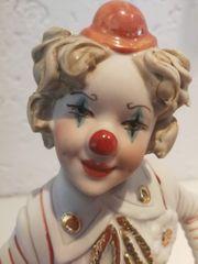 Figur Skulptur Clown mit Rassel
