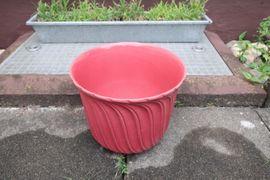 Bild 4 - Verkaufe 3 Blumentöpfe Keramik rosa - Niddatal