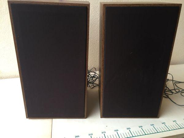 1 Paar Lautsprecherboxen 2-Wegesystem Nussbaum-Optik