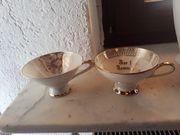 2 Tassen mit Goldverzierung