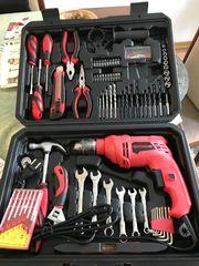 Neuer Werkzeugkoffer 130 Teile mit