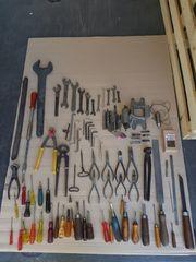 Werkzeug Konvolut über 400 Teile