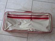 Tenniskoffer abschließbar hell-grau rot viele