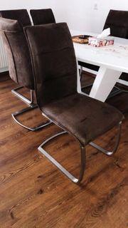 Stühle 4 mal Plus Esstisch
