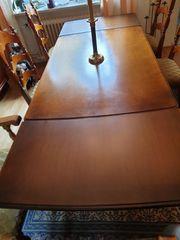 Mahagonitisch mit 6 Stühlen