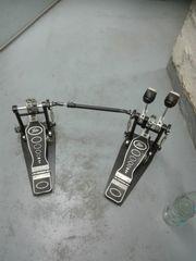Doppel-Fußmaschine
