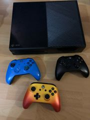 Xbox One mit 3x Controller