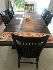 Esstisch und 6 Stühle Set