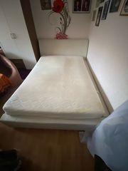 Doppelbett zu verschenken