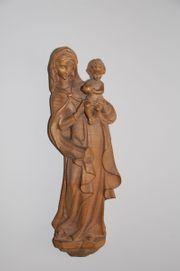 Madonna mit Kind Holzschnitzerei