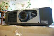 Laser Projektor Panasonic PT-RZ 570