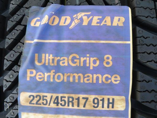 4X 225 45 R17 Goodyear