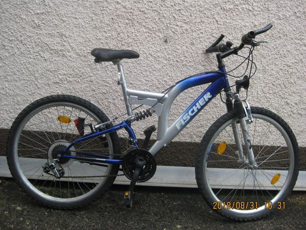 Fahrrad 26 Fischer Markenrad vollgefedert