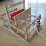 Kinderwebstuhl aus Holz