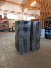 60 x Paletten Kunststoffpaletten Halbpaletten