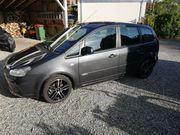 Ford Max trend