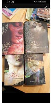 4 Romane von Stephenie Meyer
