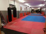 Sport Halle Yoga turnen Fitness