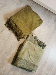 Zwei tolle dünne Decken von