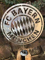 Wandlogo FC Bayern München 40