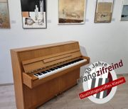 Klangvolles KAWAI Klavier Kostenlose Lieferung