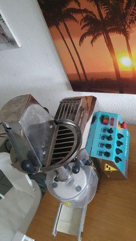 Teig Maschine: Kleinanzeigen aus Güglingen - Rubrik Gastronomie, Ladeneinrichtung