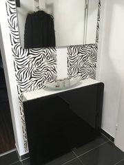 Schuhkasten mit Spiegel