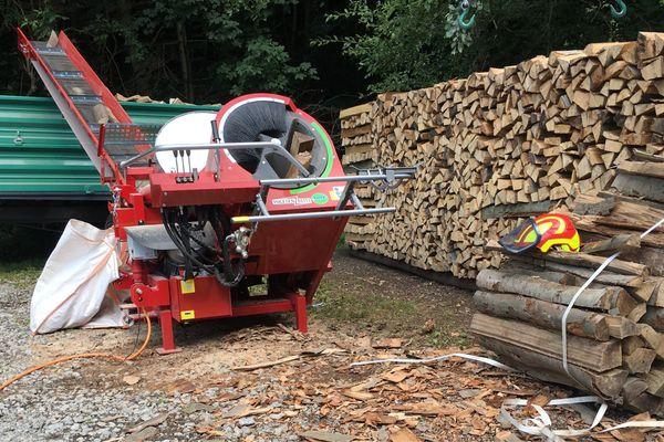 Brennholz Kaminholz sägen einfach-sicher-schnell