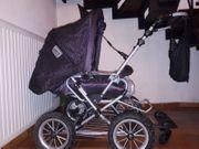Kinderwagen mit Lammfell-Fußsack Winter