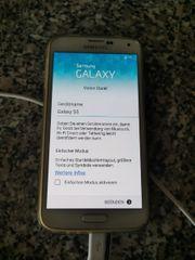 Samsung Galaxy S5 weiß mit