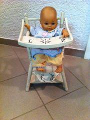 Puppen Stuhl mit Puppe